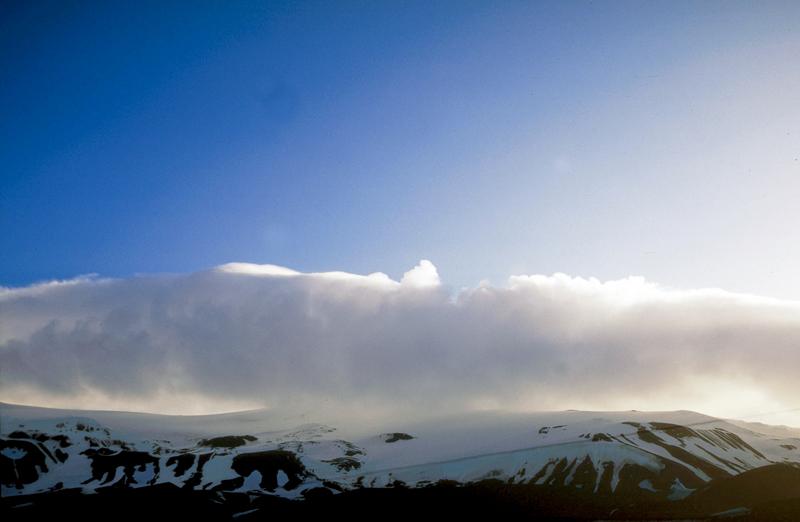 /Foto de Toni Pires/Antartida - Dez 2001/ Ilha Deception, Continente Antartico